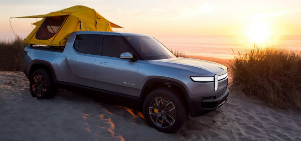 87461a22-rivian-unveils-r1t-electric-truck-35