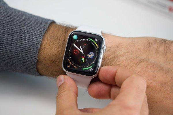 یک شرکت بیمه در امریکا برای اولین بار کمک هزینه 150 دلاری خرید اپل واچ را تقبل کرد