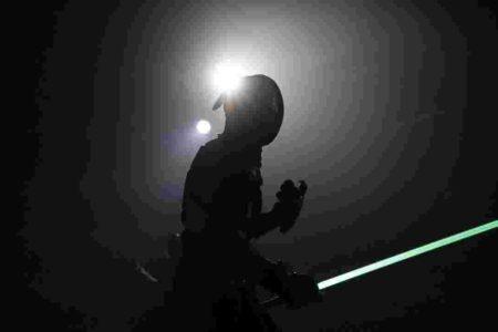 سلاح پلاسمایی جنگ ستارگان به ورزش شمشیر بازی خواهد آمد [تماشا کنید]