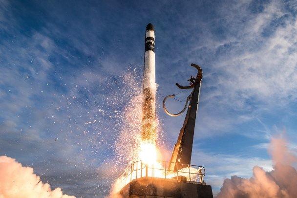 اجرای پنج پروژه فضایی