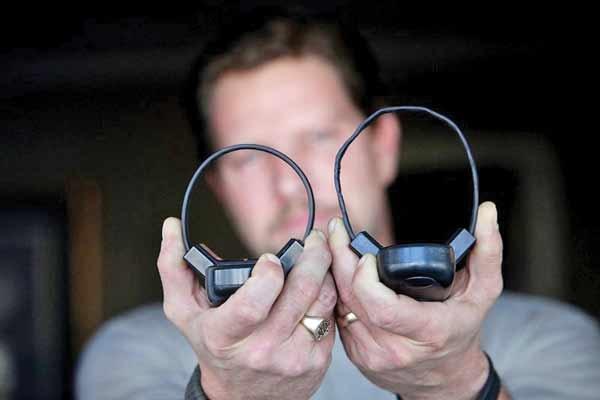 دستبند الکترونیک