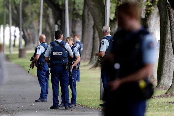 حمله به 2 مسجد در نیوزیلند 49 کشته برجای گذاشت؛ حذف استریم زنده کشتار از فیسبوک