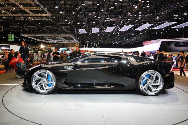 a70f83c9-2019-bugatti-la-voiture-noire-geneva-28