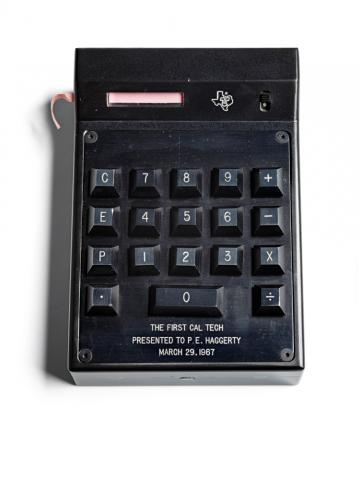 ماشین حساب جیبی