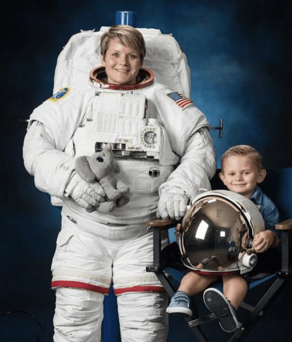 آن مک کین از زنان فضانورد در ناسا