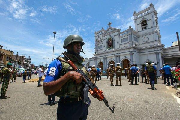 محدودیت دسترسی به شبکههای اجتماعی در سریلانکا به دنبال انفجارهای دیروز در این کشور