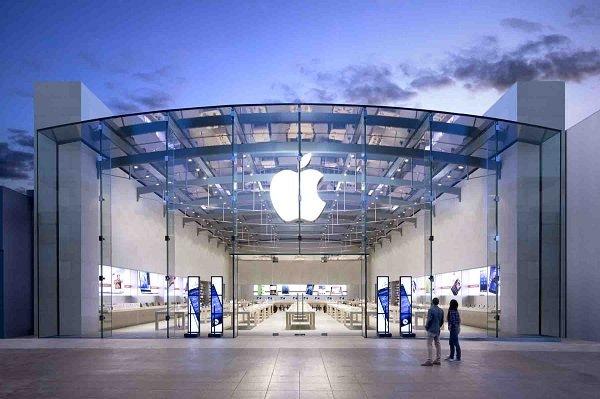 درخواست غرامت یک میلیارد دلاری نوجوان 18 ساله از اپل