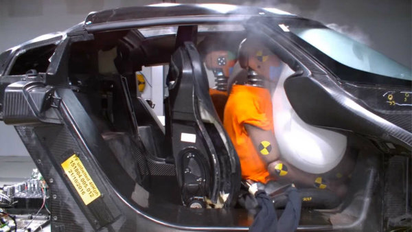koenigsegg crash test (7)