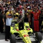 ورایزن چگونه با فناوری 5G به برتری تیم پنسک در مسابقات اتومبیلرانی کمک می کند؟