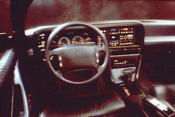 1990-92 Oldsmobile Toronado Trofeo