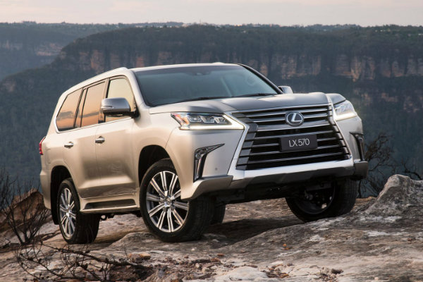 2016-lexus-lx570-front-side-static-offroad