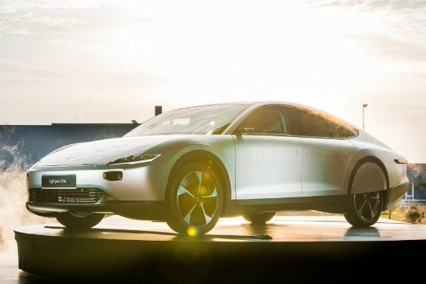 خودروی برقی خورشیدی