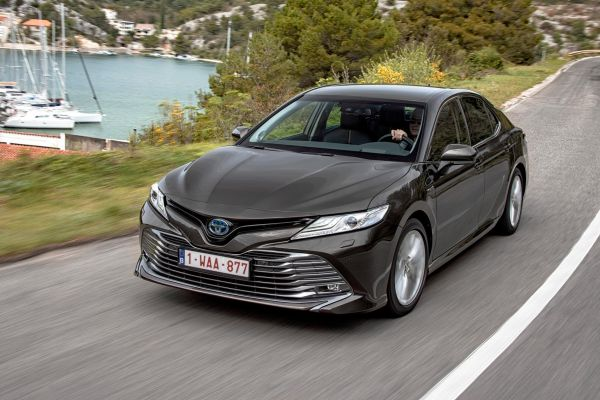 toyota camry 100 مالکان مدلهای هیبریدی تویوتا بیشترین رضایت را از خودروی خود دارند اخبار IT