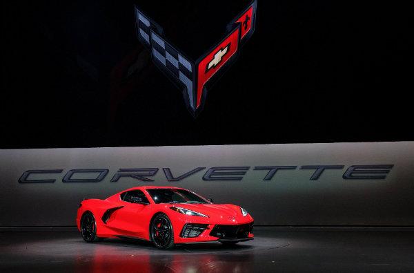 16a0c826-2020-corvette-c8-7