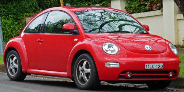 2002_Volkswagen_New_Beetle