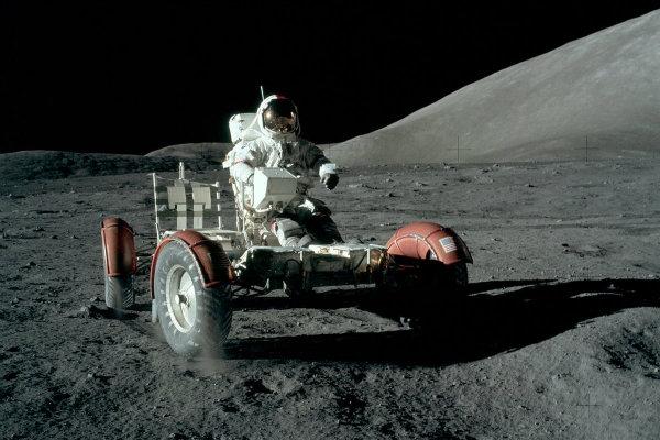 درخواست کمک ناسا از خودروسازان