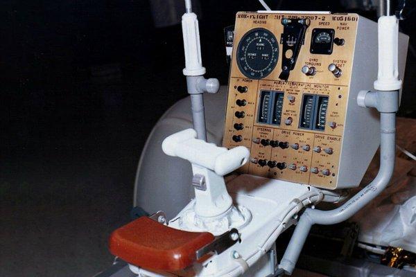 ap15-boeing-lrv-2a299776-1200x800-c