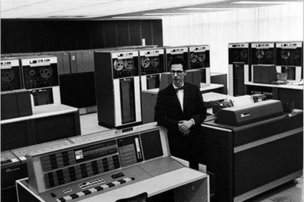 فرناندو کورباتو مخترع پسورد کامپیوتر در 93 سالگی درگذشت