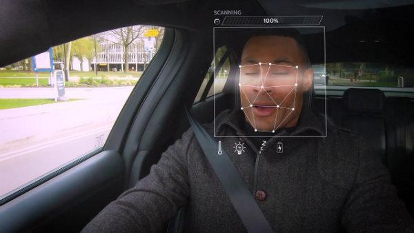 جگوار لندرور با کمک هوش مصنوعی فضای کابین را با شرایط روحی راننده تطبیق می دهد