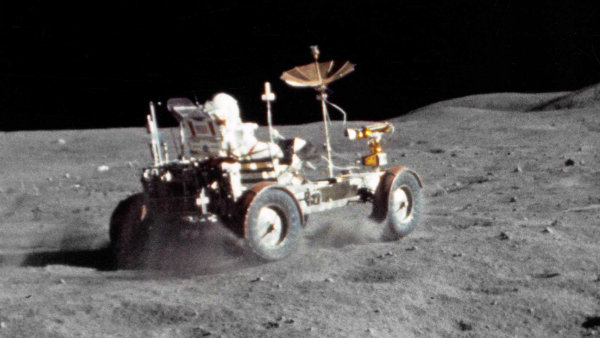 lunar-roving-vehicle-the-one-and-only-car-on-the-moon (7)