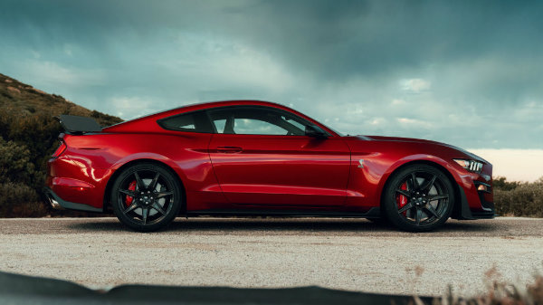 2020-ford-mustang-shelby-gt500-1 (15)
