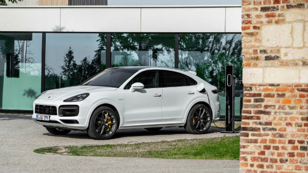 2020-porsche-cayenne-turbo-s-e-hybrid-coupe-turbo-s-e-hybrid-and-coupe-e-hybrid (4)