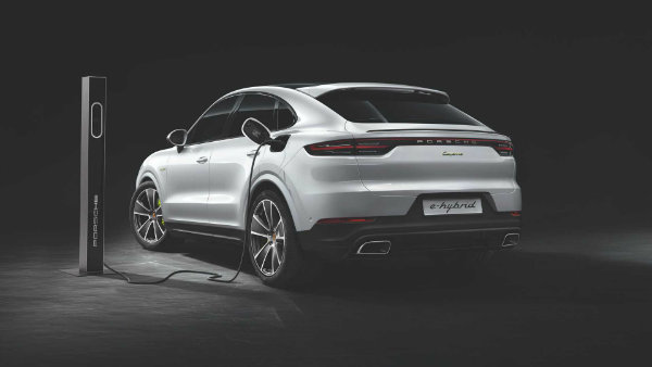 2020-porsche-cayenne-turbo-s-e-hybrid-coupe-turbo-s-e-hybrid-and-coupe-e-hybrid (7)