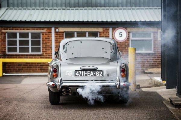 a6687a3b-1965-aston-martin-db5-bond-car-10