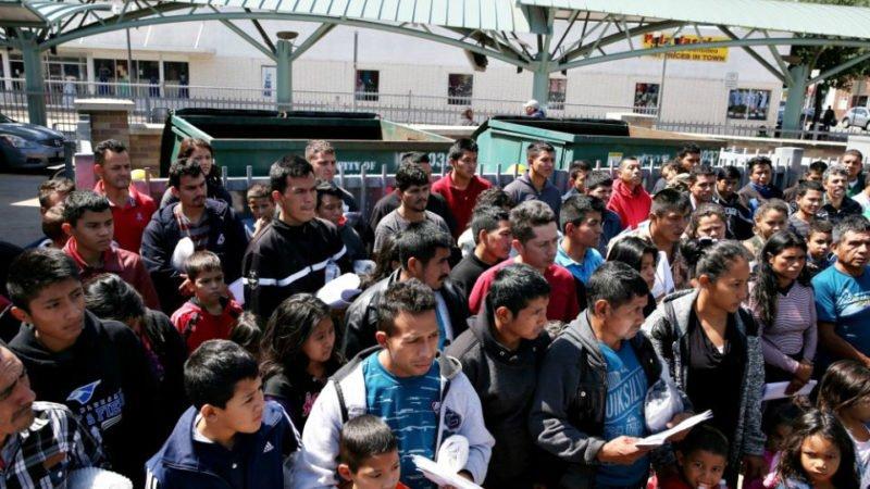 انتقاد از ترجمه ماشینی نوشتههای مهاجران در شبکههای اجتماعی توسط ...
