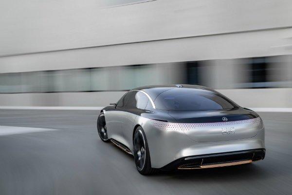d137a9a0-mercedes-vision-eqs-unveiled-17