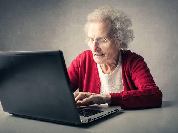 istockphoto 542313040 612x612 ۷ روش برای اینکه لپتاپ قدیمی را تبدیل به دستگاهی با کارایی تازه کنید اخبار IT