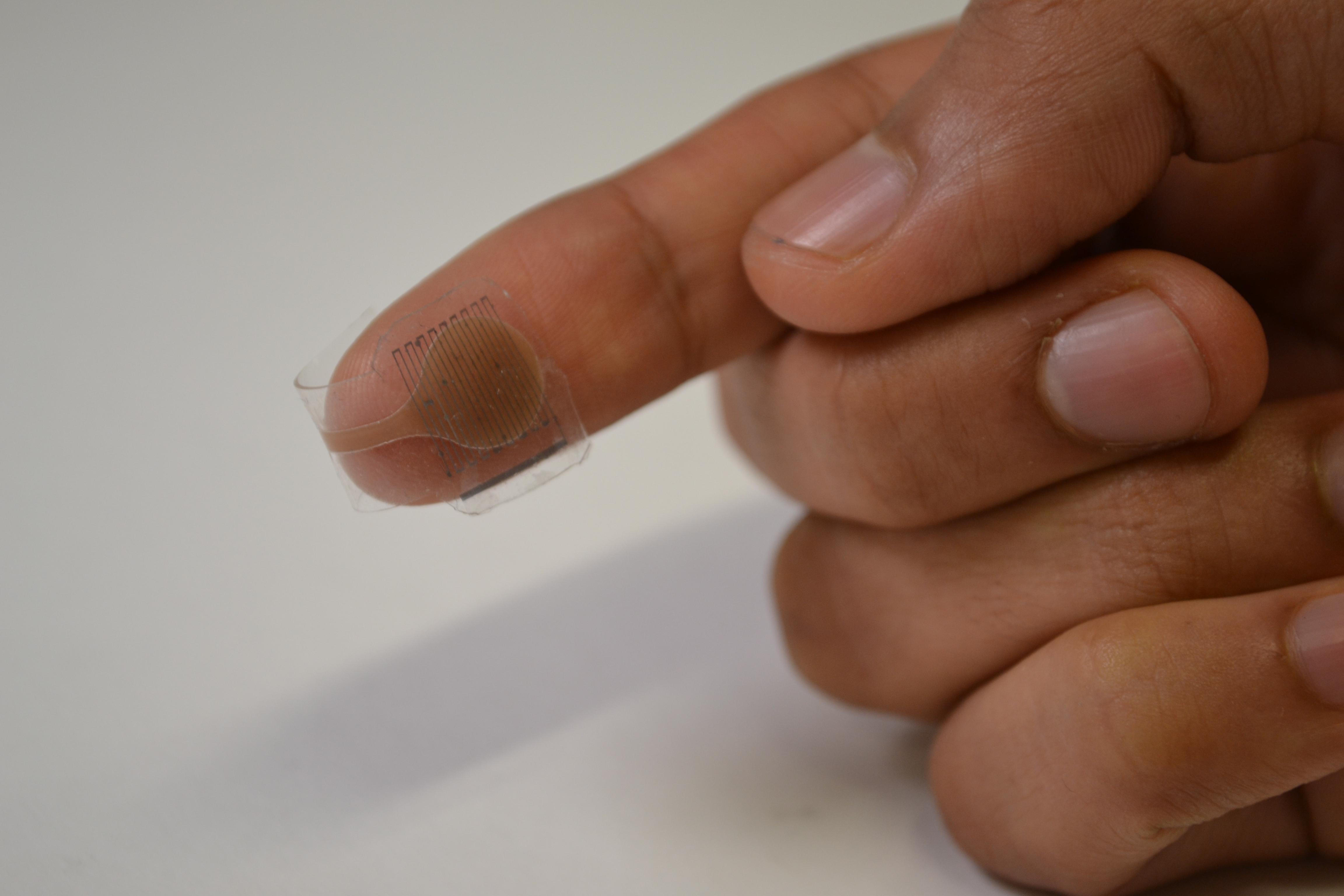 پوست مصنوعی جدید با پشتیبانی از بازخوردهای لمسی