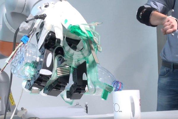 استفاده از هوش مصنوعی برای بهبود عملکرد بازوی پروتزی