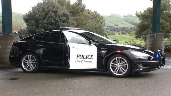 tesla model s police (1)