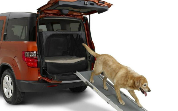 8-honda_element_dog_package_honda_0