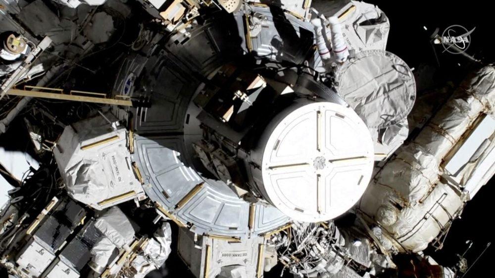 اولین راهپیمایی فضایی تمام زنانه انجام شد