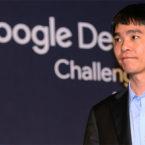 قهرمان سابق بازی تخته گو در اعتراض به شکست ناپذیری هوش مصنوعی بازنشسته شد