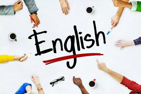 بهره مندی از توان، دانش و سوابق اساتید علمی و بومی زبان انگلیسی