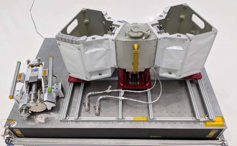 محفظه نگهدارنده ربات های ضروری ایستگاه فضایی بین المللی موسوم به هتل ربات ها