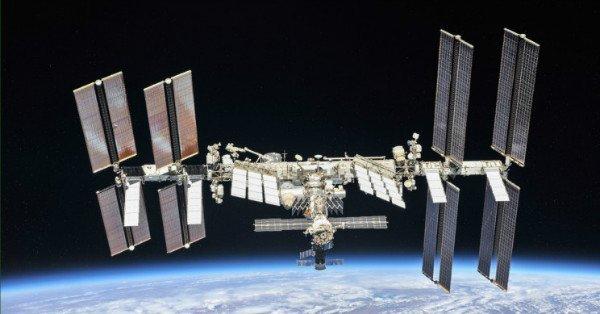 ورزش در فضا