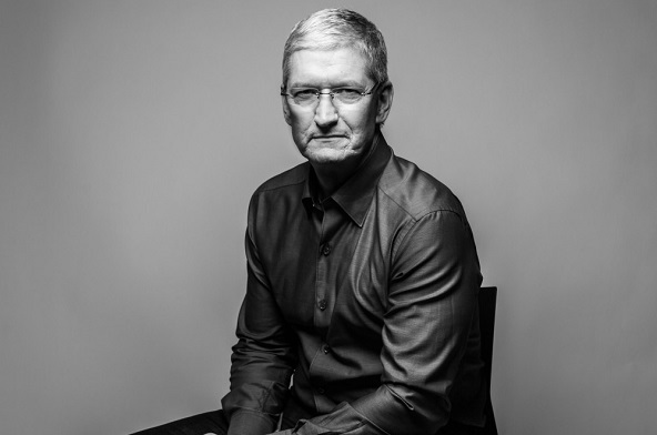 tim cook 1 اعطای ۱۱۴ میلیون دلار سهام محدود اپل به تیم کوک به عنوان پاداش اخبار IT