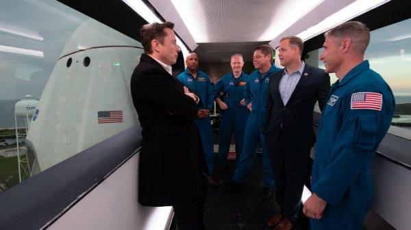 سفر فضایی سرنشین دار