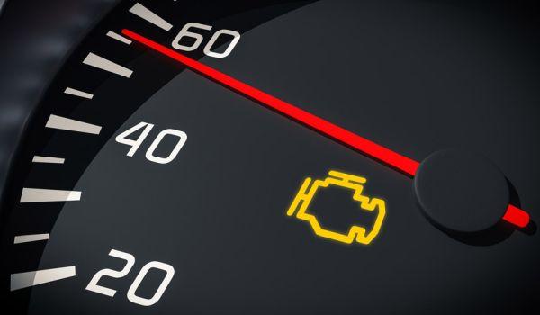 Check Engine Light On روشن شدن چراغ چک خودرو چه دلایلی میتواند داشته باشد؟ راه حل چیست؟ اخبار IT