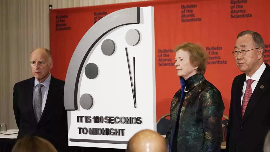 ساعت آخرالزمان 20 ثانیه جلو کشیده شد
