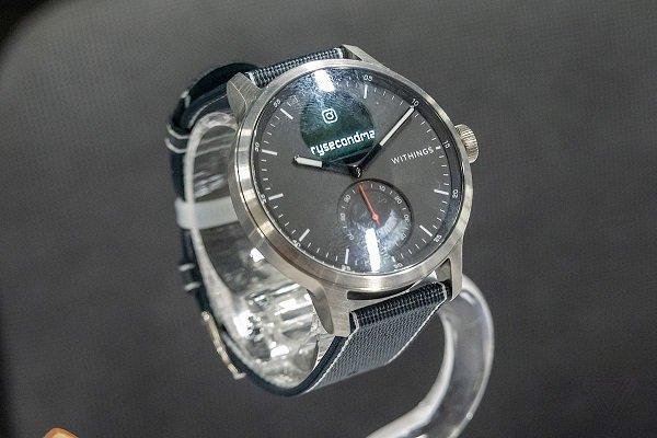 ساعت هوشمند Withings ScanWatch