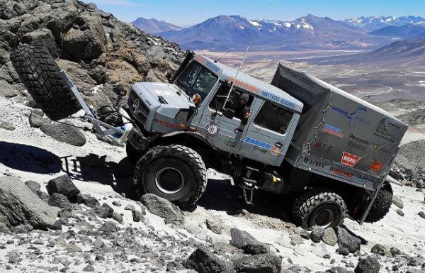 رکورد کوهنوردی با خودرو توسط مرسدس بنز یونیماگ شکسته شد