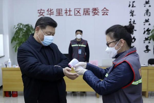 رئیس جمهور چین به دنبال شیوع ویروس کرونا از بیمارستان های استان هوبئی دیدار کرد