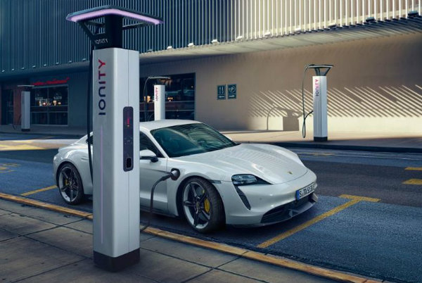 برد حرکتی خودروهای الکتریکی