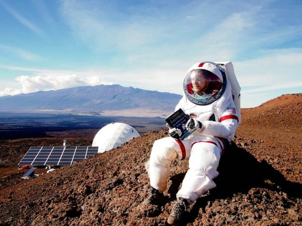 SocialIsolationinSpace 02 چگونه در قرنطینه خانگی دوام بیاوریم؟ فضانوردان ناسا پاسخ می دهند اخبار IT