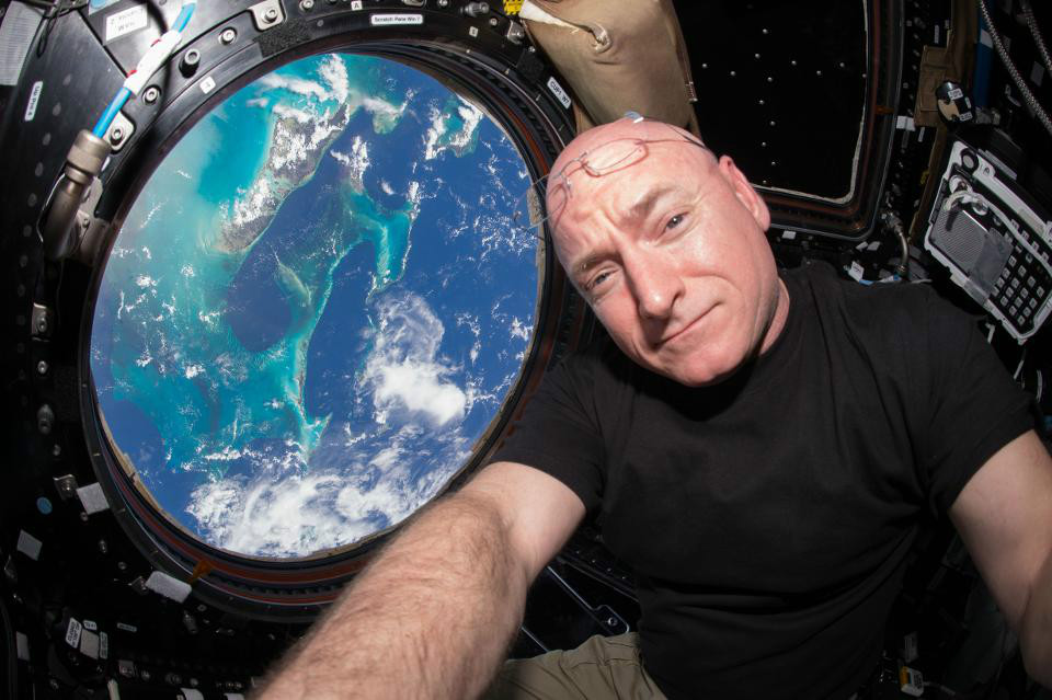 SocialIsolationinSpace 03 چگونه در قرنطینه خانگی دوام بیاوریم؟ فضانوردان ناسا پاسخ می دهند اخبار IT
